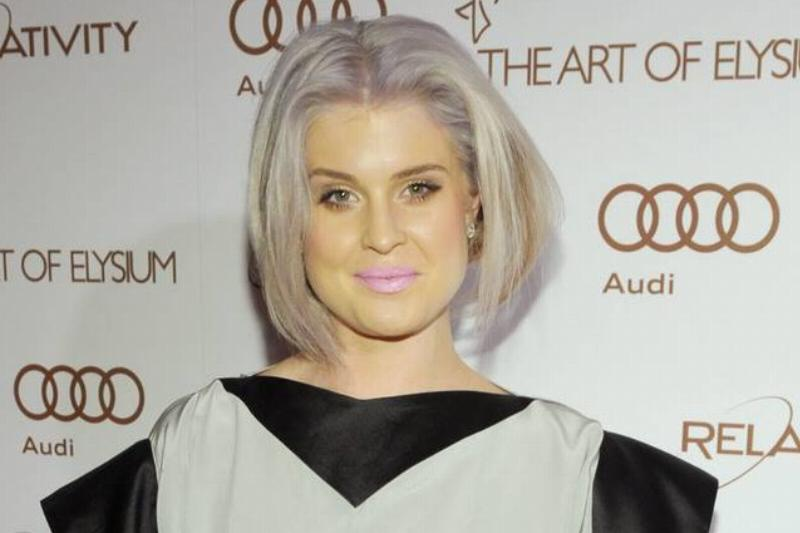Kelly Osbourne's Witchy Complexion