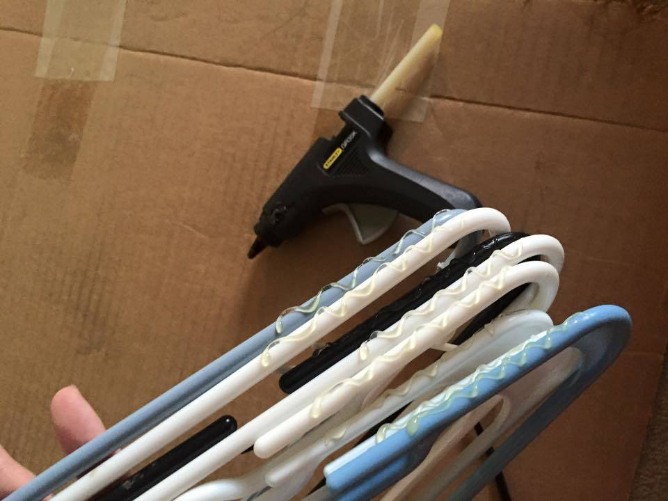 glue-hangers