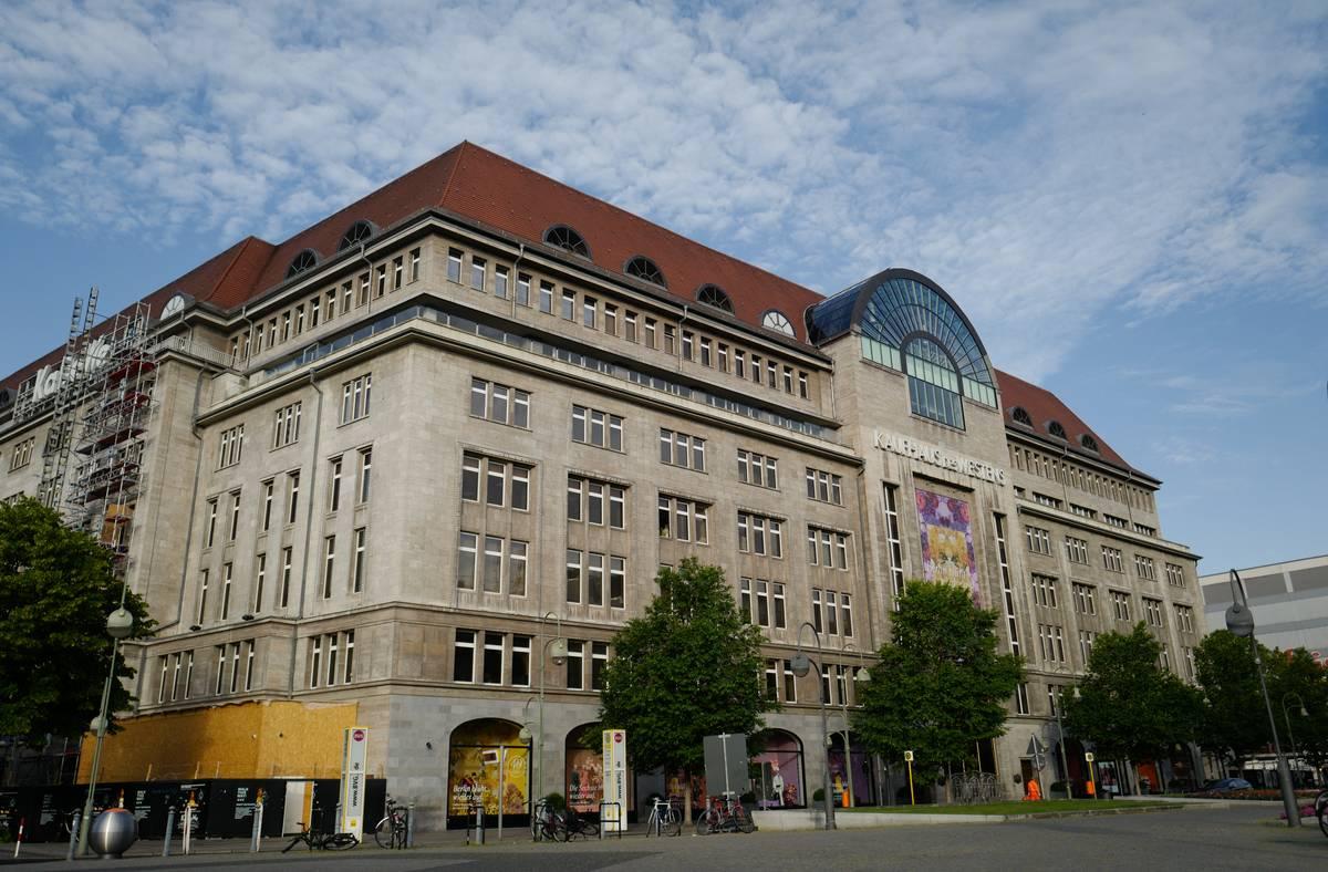 Retailer And Luxury Stores In Berlin