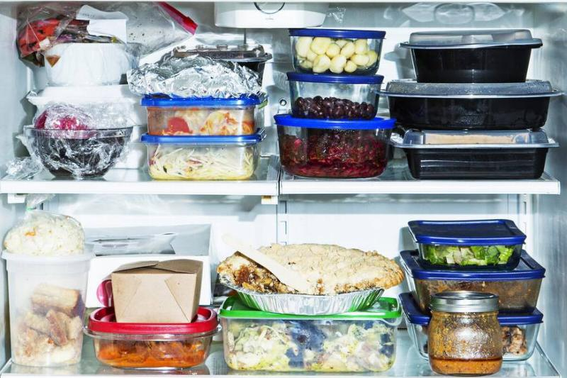 Cheap Storage Containers To Give Away Leftovers