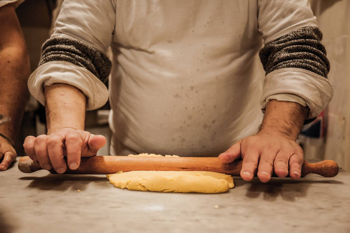 Use A Wine Bottle As A Rolling Pin