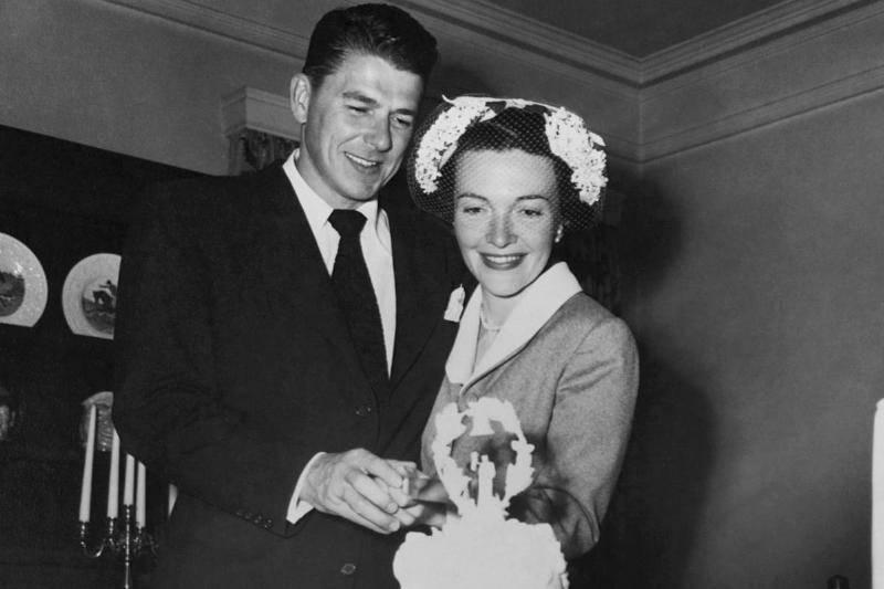 Nancy Reagan Hid A Baby Bump Under Her Wedding Gown
