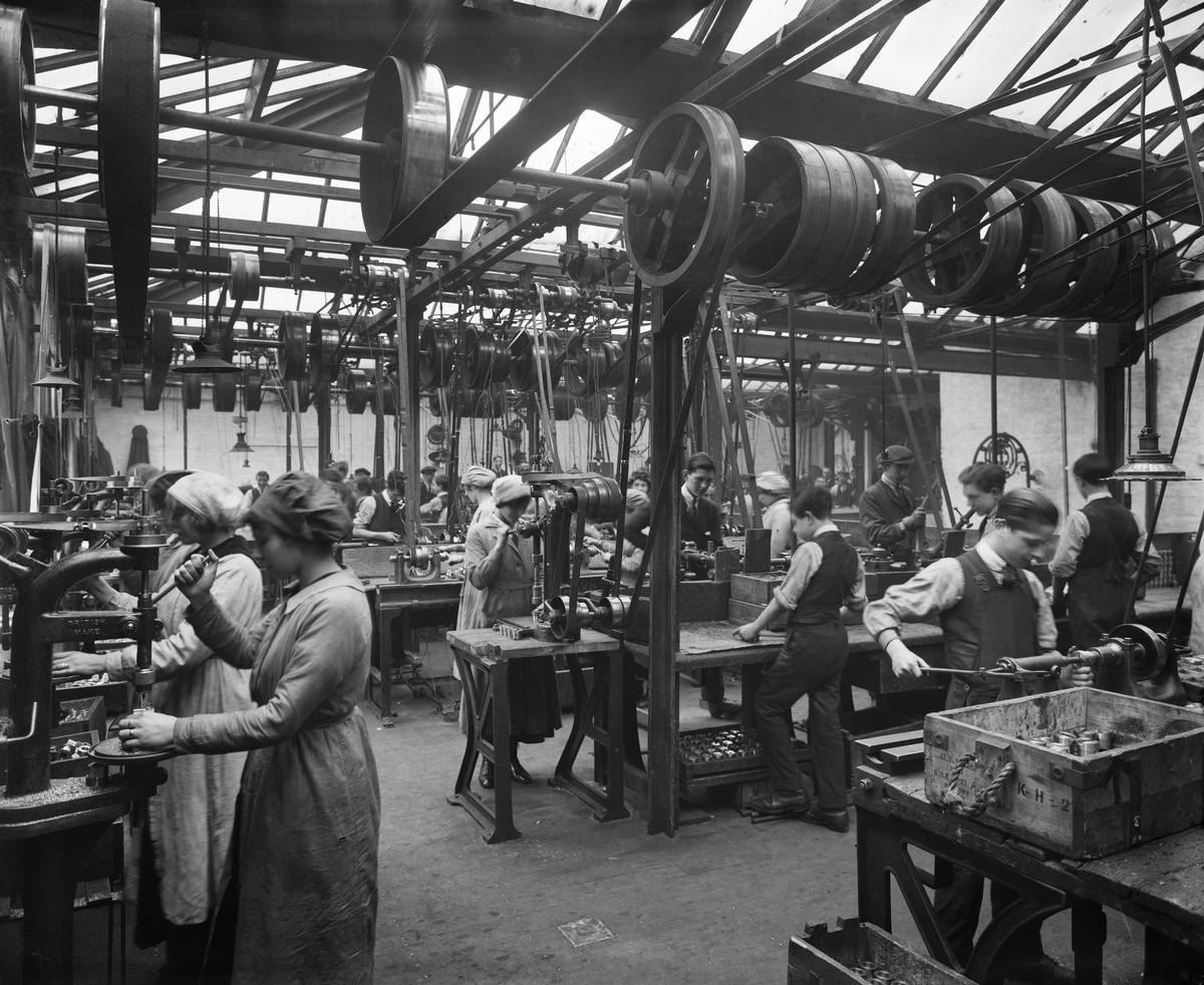 Woman work at the Vincent Munition Works, owned by the Winchester family, 1918.