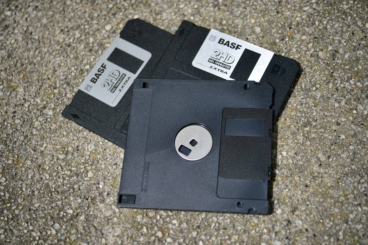 Computer Enthusiasts Were Saved By The Floppy Disks