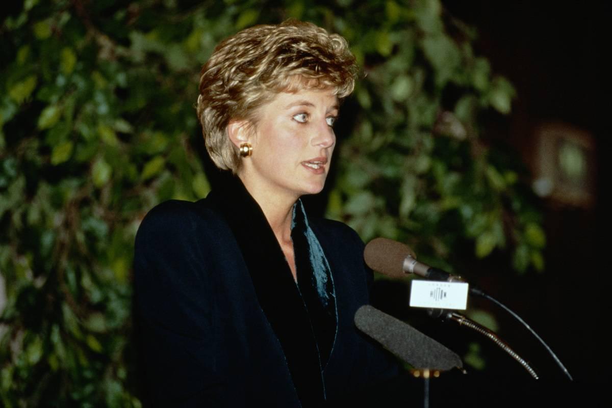 Princess Diana makes a speech announcing her resignation from public duties, 1993.