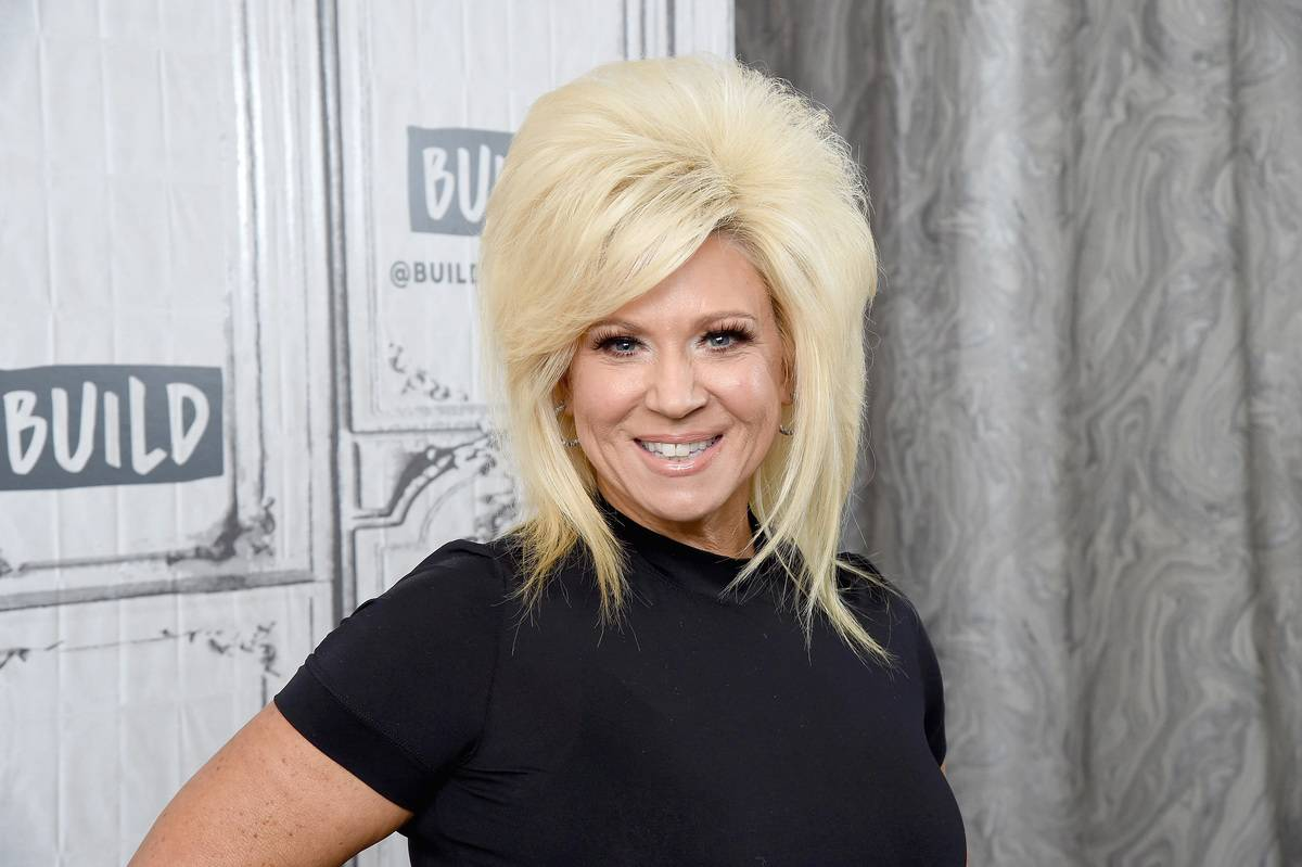 Now: Theresa Caputo Tours