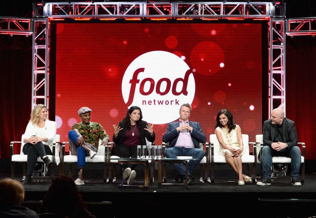 Judges Amanda Freitag, Marcus Samuelsson, Alex Guarnaschelli, Marc Murphy, Maneet Chauhan and Chris Santos of 'Chopped'