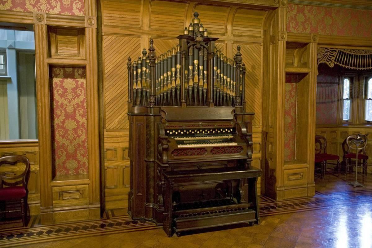 grand-piano-661611122-64273