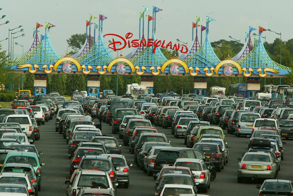 Disneyland Paris Becomes One Of Europe's Most Popular Attractions