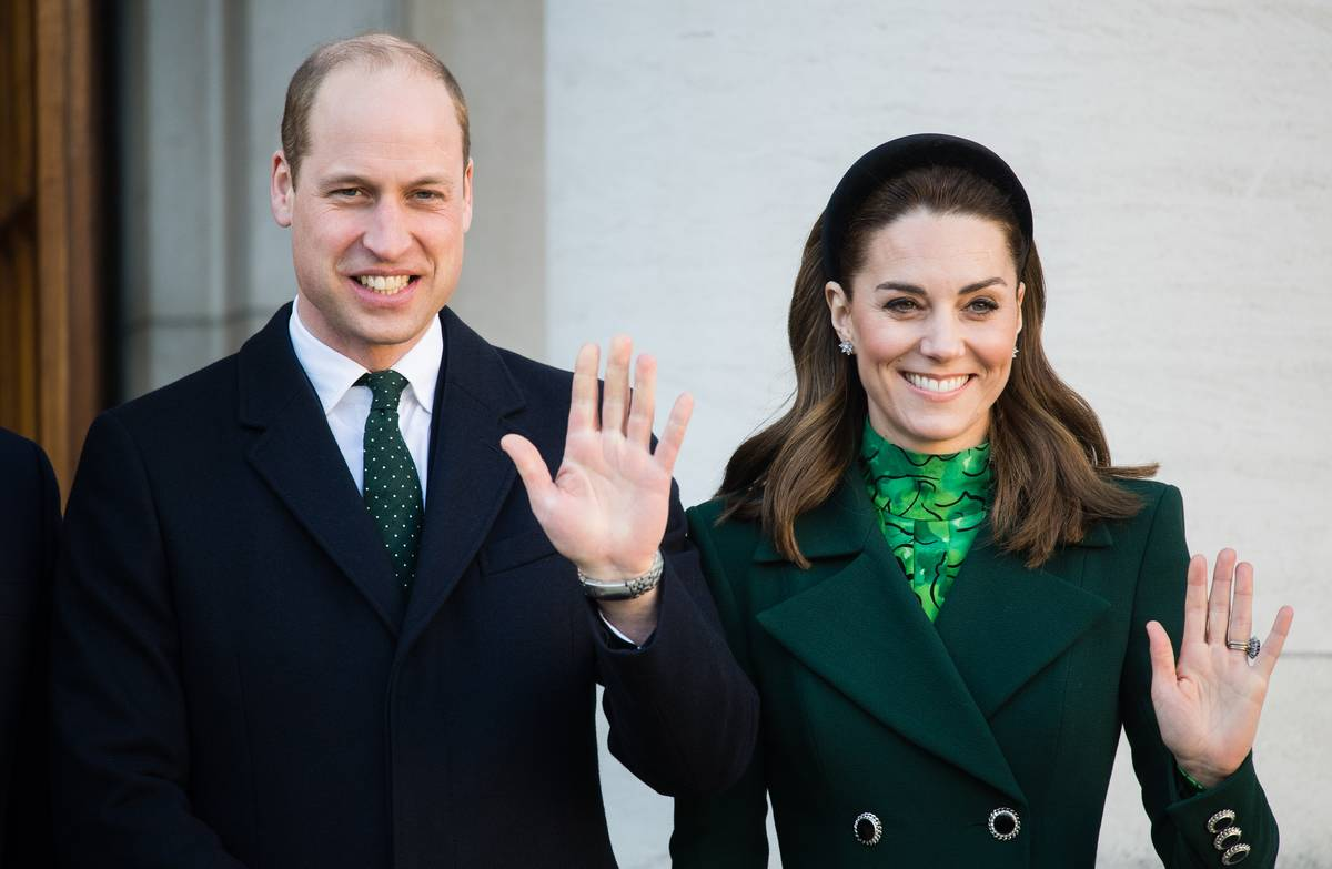 The Public Favors William For The Throne