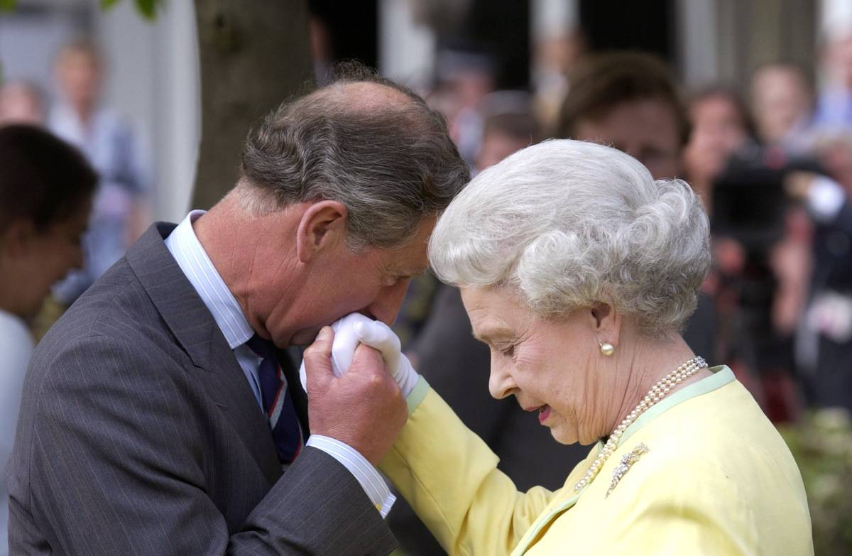 Charles Kisses Queen Hand