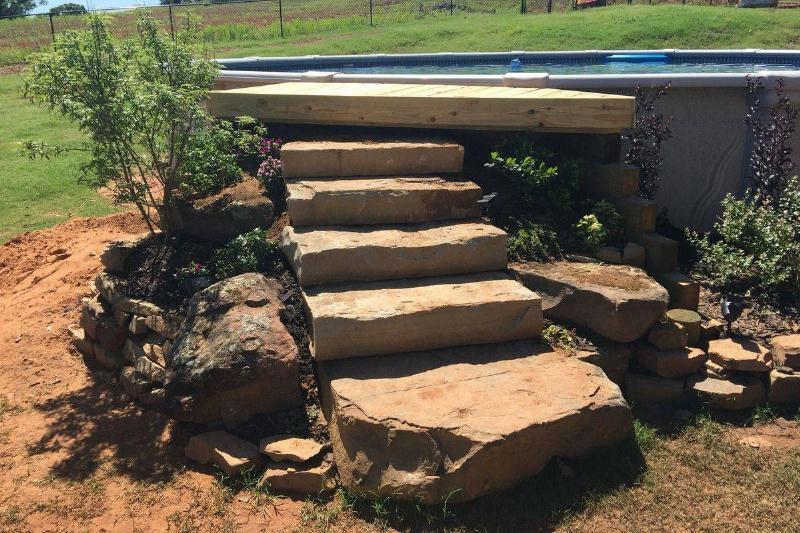 pool-rock-steps