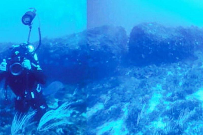 underwatermonolith-92668-12998