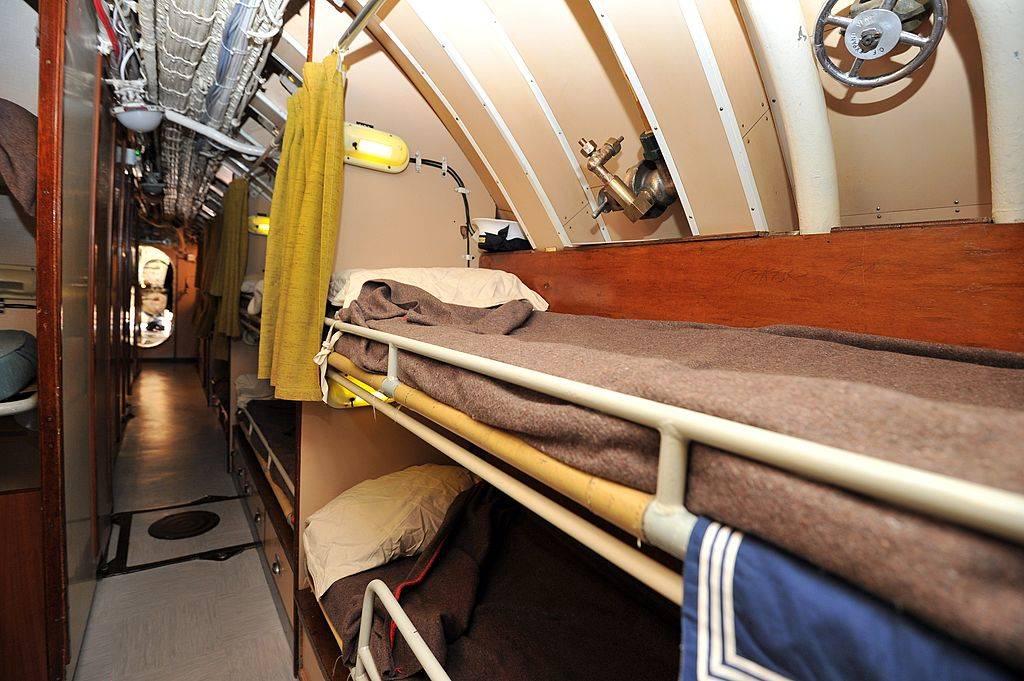 sleeping quarters aboard a submarine