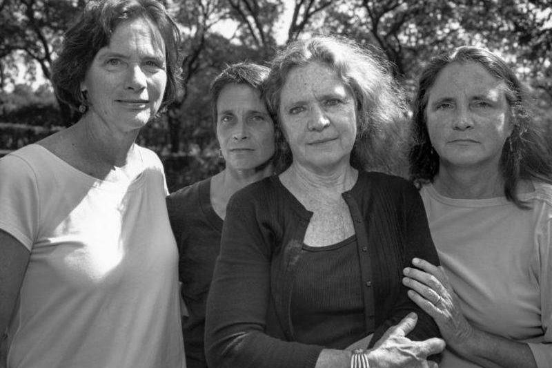 2007 four sisters outside
