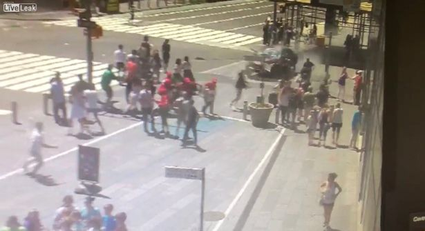 Moment-Times-Square-car-smashes-into-bollard-after-killing-one-and-injuring-22.jpg