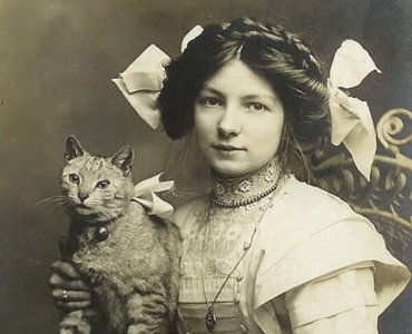 Historical Cat Photos Prove We Were Always Obsessed With Felines