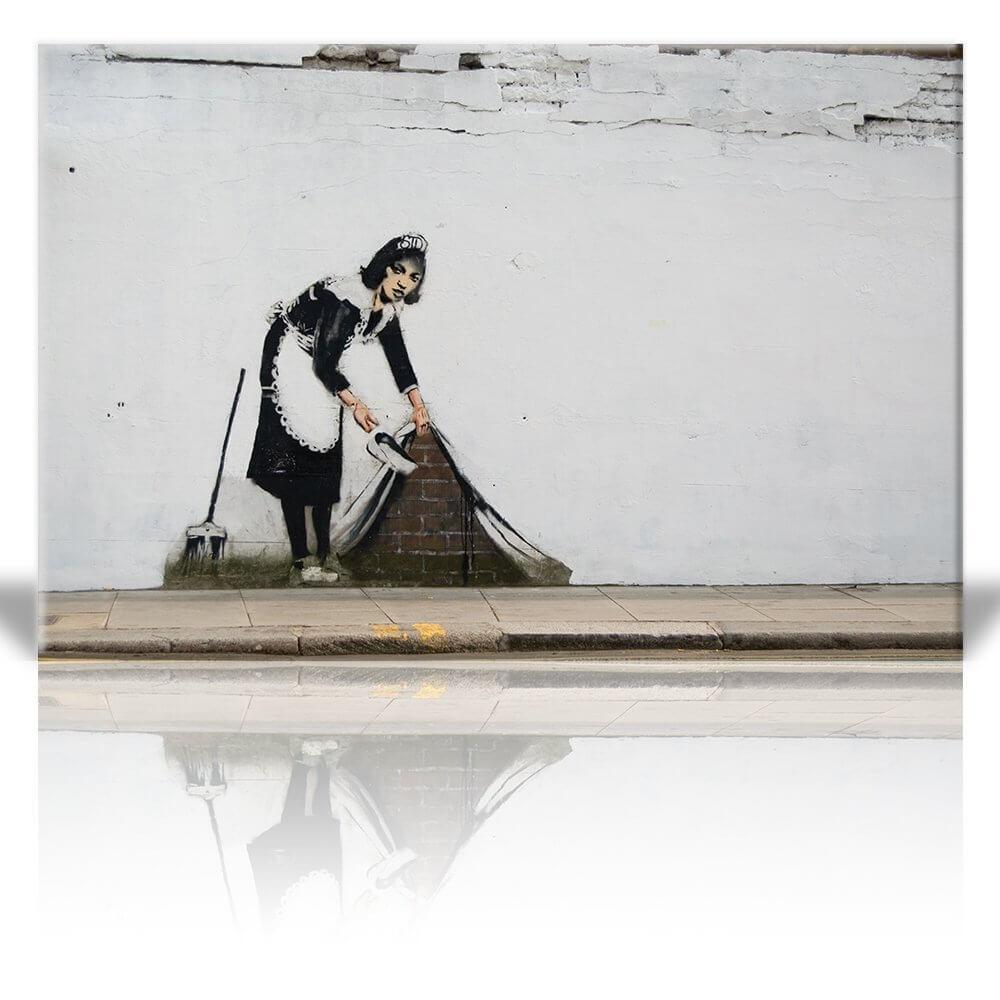 maid-street-art-.jpg