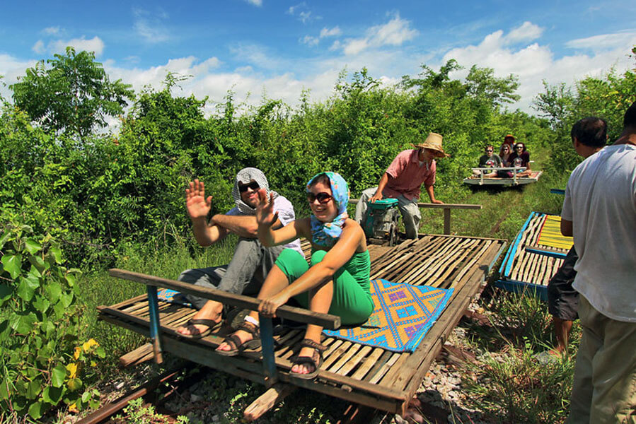 Cambodia-Battambang-Bamboo-Train-L.jpg