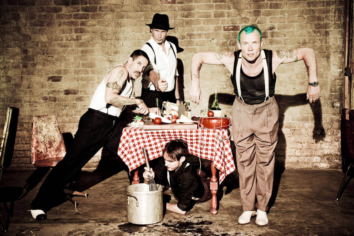 Red_Hot_Chili_Peppers_2012-07-02_001-27943.jpg