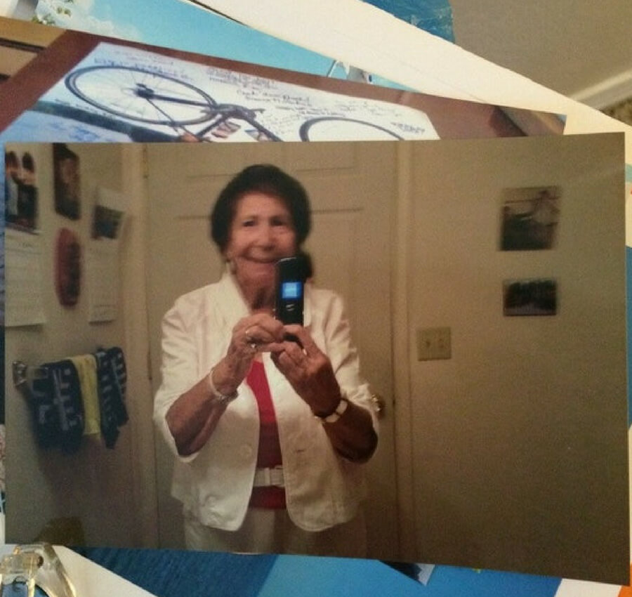 grandma sent a selfie by mail.jpg