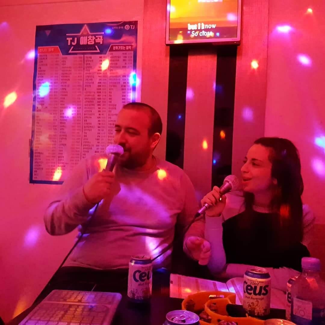 karaoke korea bar.jpg