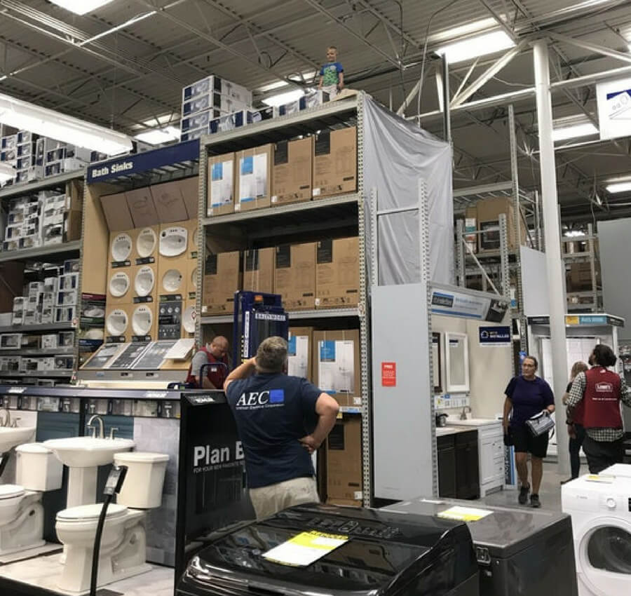 kid at lowes (1).jpg
