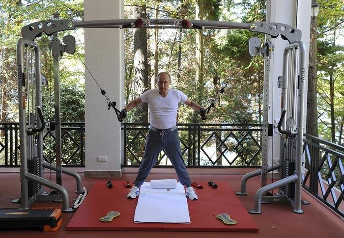 putin working out.jpg