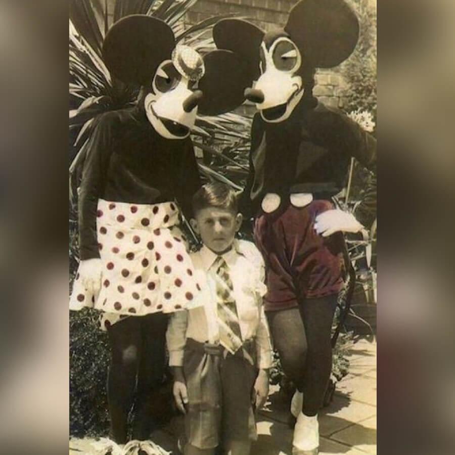 mickey minnie creepy.jpg
