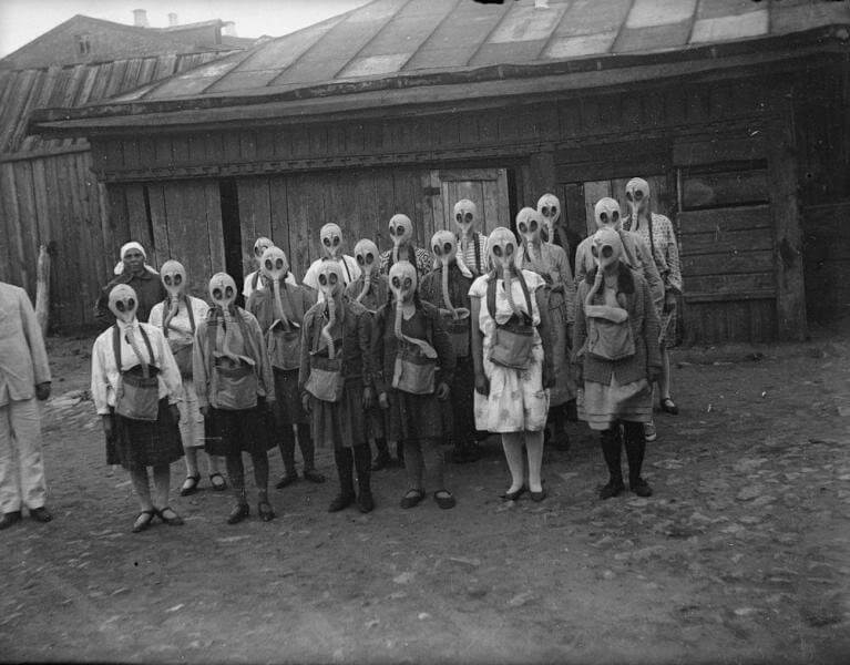 moscow gas mask drill.jpg