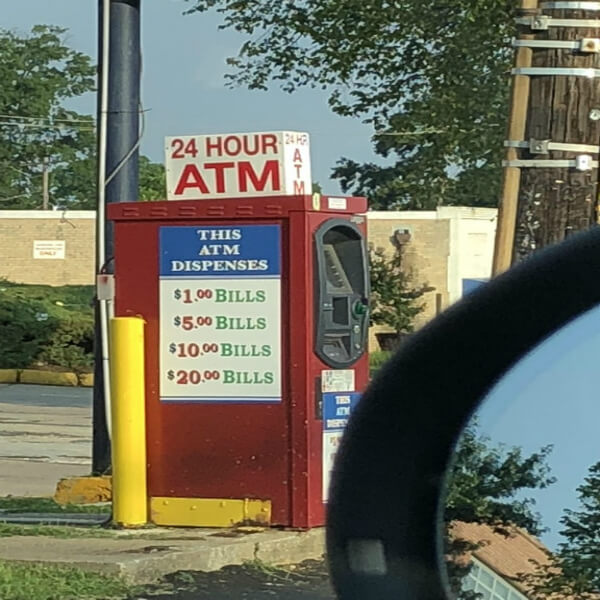 weird atm machine .jpg